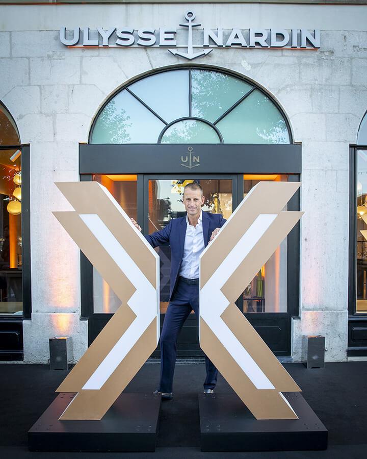 Patrick Pruniaux Directeur général Ulysse Nardin devant la nouvelle boutique à Genève