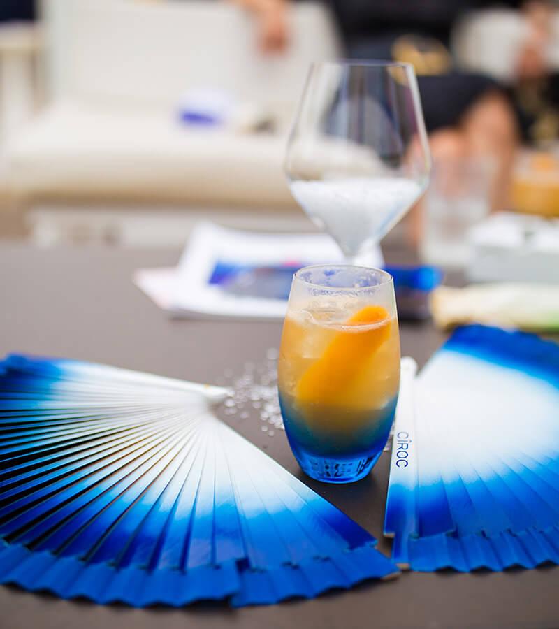 DIAGEO_CIROC Frais à boire, beau à voir la vodka Cîroc aromatisée. Photo by Geraldo Pestalozzi