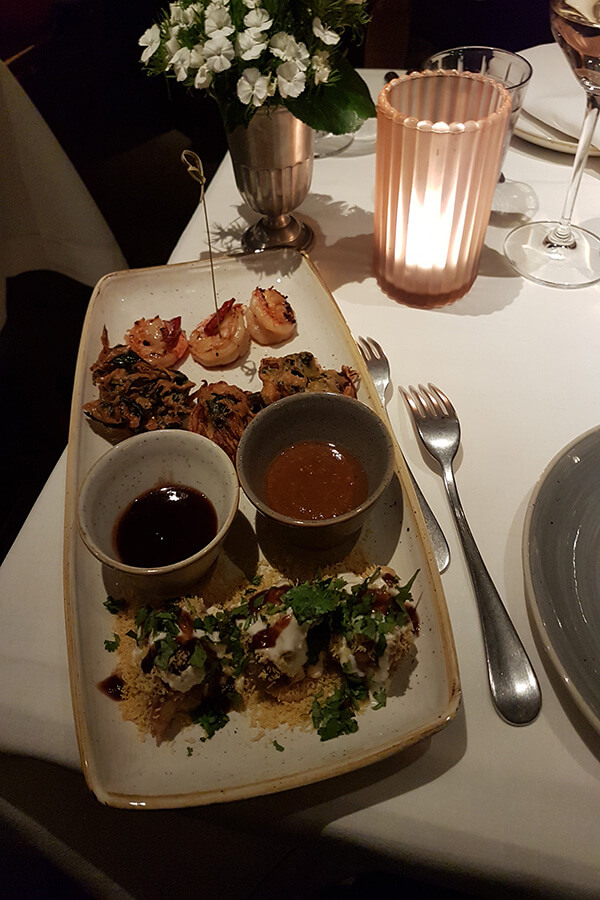 Les entrées du Gourmet Dinner concocté par Asma Khan au Country Kulm St Moritz Gourmet Festival (c) GAD