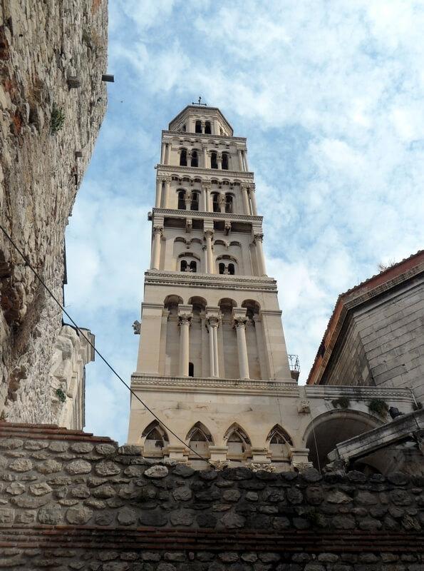 Omniprésent dans toute la ville de Split le plus célèbre monument de l'Adriatique (c) GAD