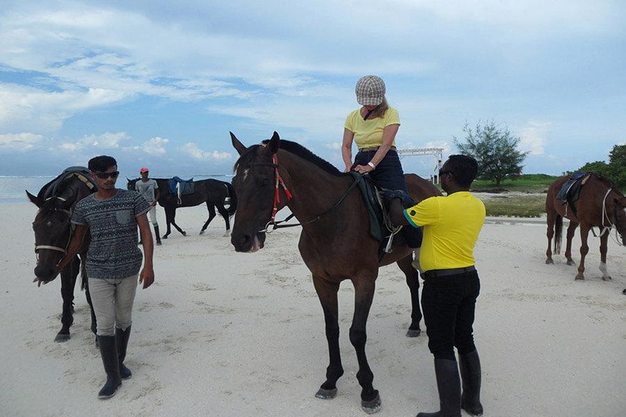 A cheval sur la plage G.A.-D
