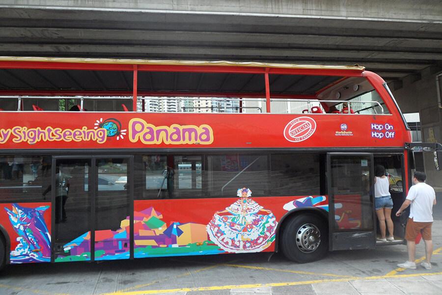 Les bus panoramiques pour visiter la ville