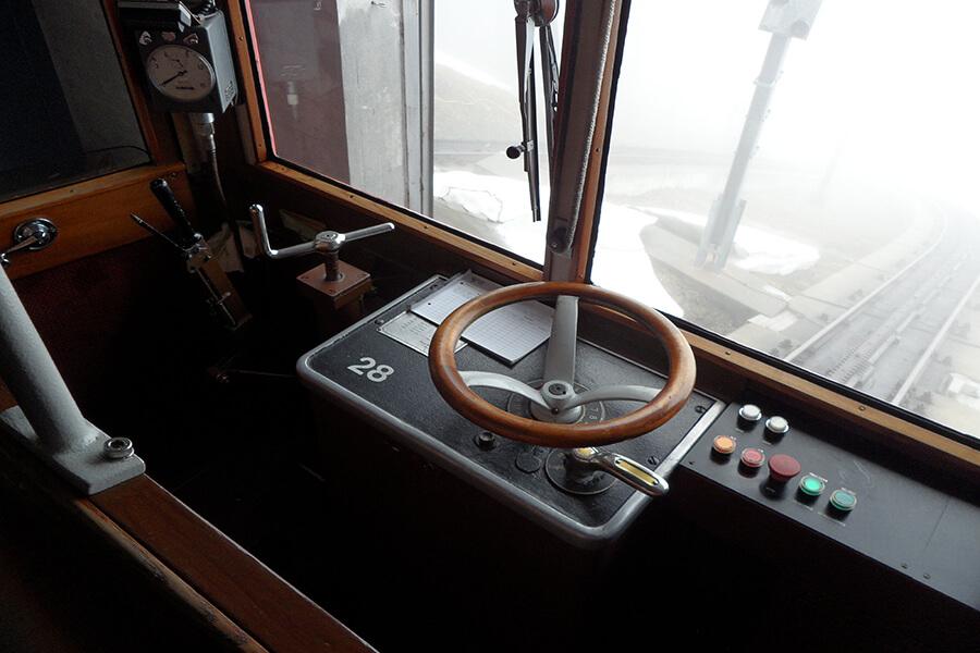 La cabine de pilotage un habitacle datant de 1889 (c) G.A.-D
