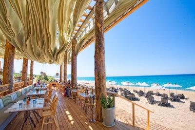 Barbouni le Restaurant de la plage de Navarino Bay