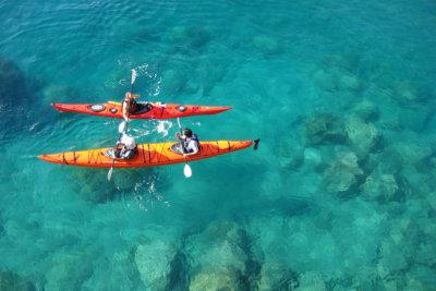 Baignade et kayak en mer