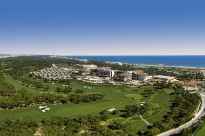 Entre ciel et mer vue générale sur le Regnum Carya Golf & Spa Resort