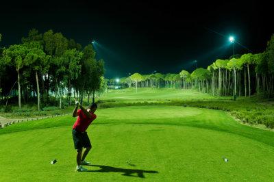 Carya Golf le seul golf illuminé la nuit