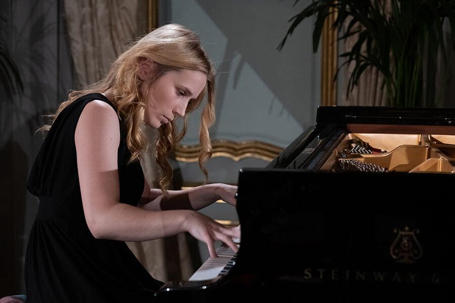 Magnifique interprète Alexandra Massaleva la jeune russe de 23 ans