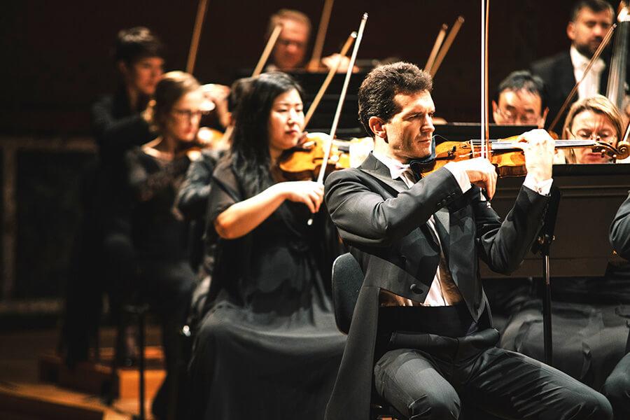 L'Orchestre de la Suisse Romande OSR Cordes (c)NielsAckermann