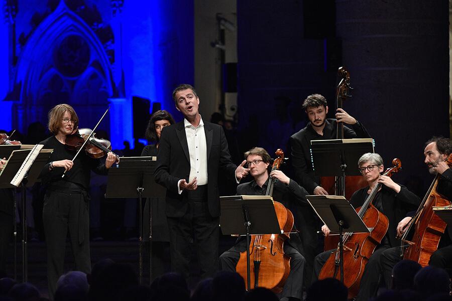 Philippe Jaroussky contre-ténor sur scène au centre Bach-Vivaldi ©Bertrand Pichene CCR Ambronay
