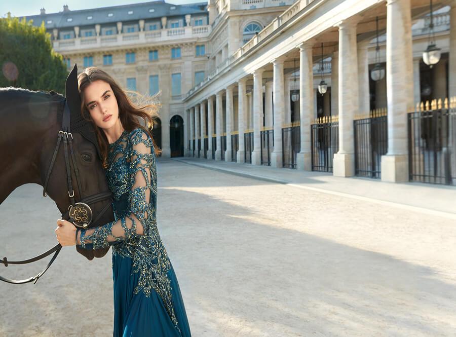 ELIE SAAB Parfum Royal avec son égérie Bianca Padilla Glamour Model 2017