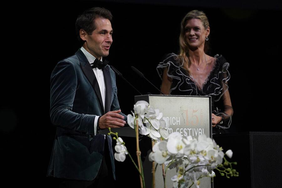 Nadja Schilkdknecht et Karl Spoerri co-directeurs du ZFF à l'Award Night