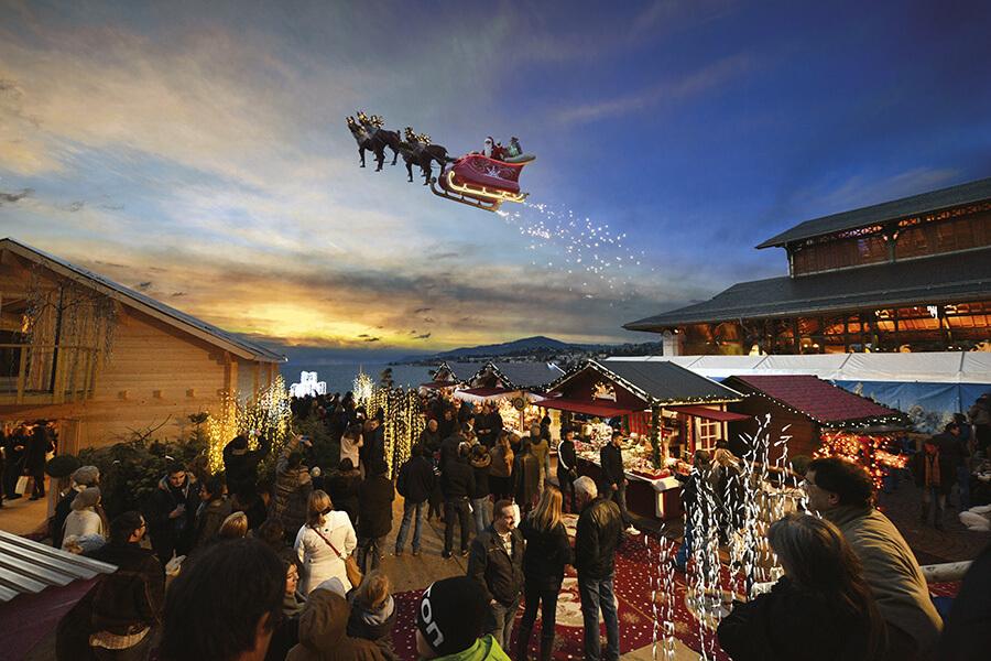 Montreux Noël le Marché et le Père Noel et son traineau volant l