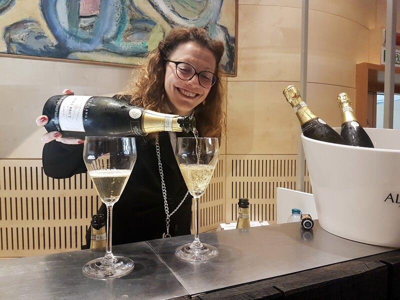 A la Foire avec les dégustations les accords mets et vins sont très appréciés (Alta Langa)
