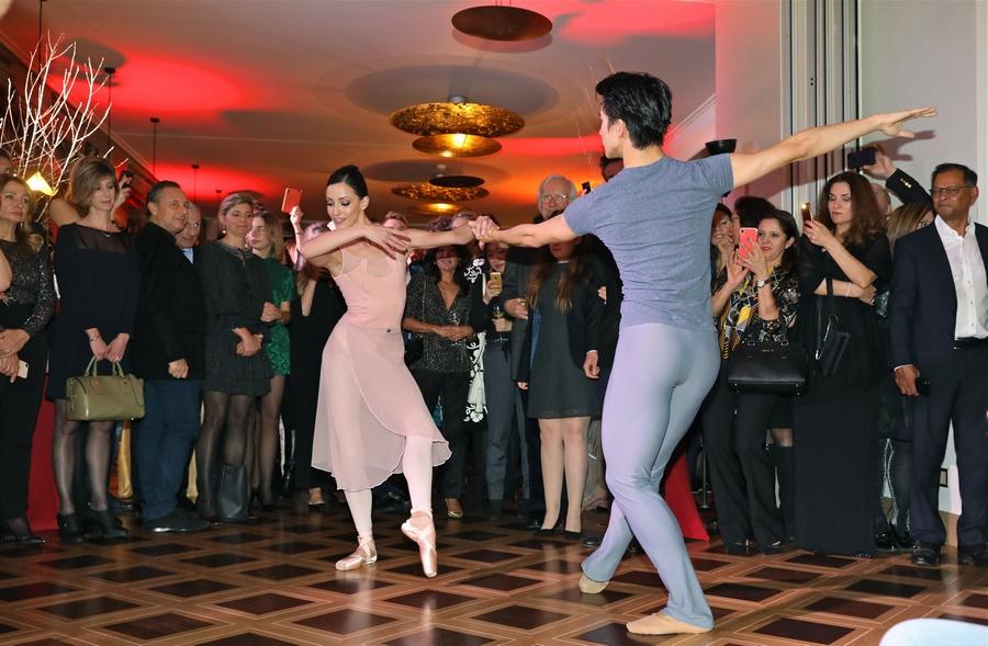 Les danseurs du Béjart Ballet présentés par Geneva Dance Events