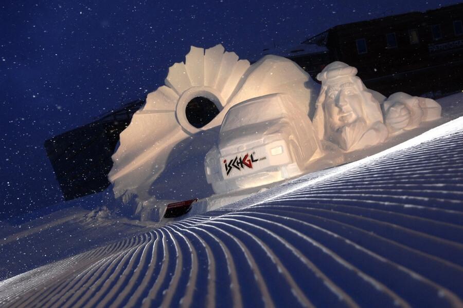 Ischgl et ses magnifiques sculptures en glace chaque année sur un thème