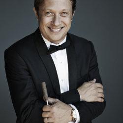 Ludovic Morlot à la direction du concert de Nouvel An (c) Lisa-Marie Mazzucco