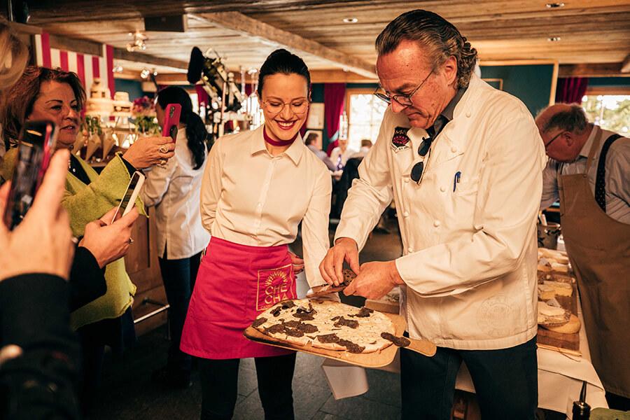 Reto Mountain Brunch avec Reto Mathis et ses spécialités régionales et autres delicatessen ..