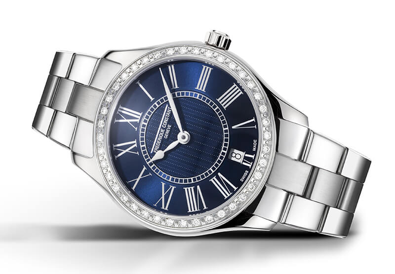 Classics Quartz Ladies Version sertie de diamants cadran bleu-marine avec bracelet acier