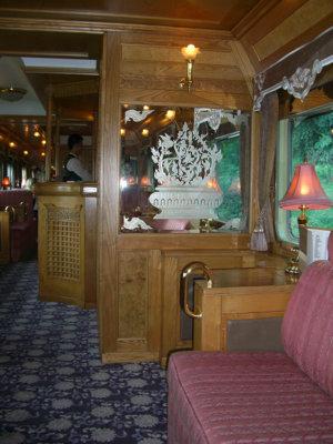 Vue sur le Salon bar et sa décoration signée Lalique (c) GAD
