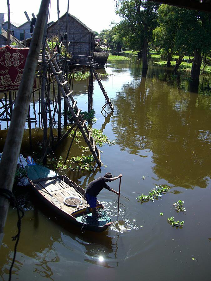 Aux alentours de Siem Reap la vie s'organise sur l'eau