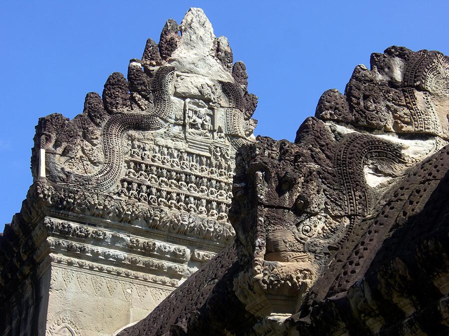 Détail de sculptures Angkor Vat