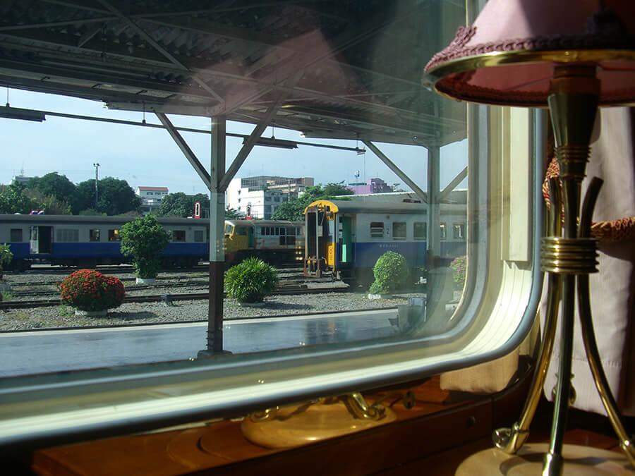 La cabine de l'Orient-Express aménagée pour la journée