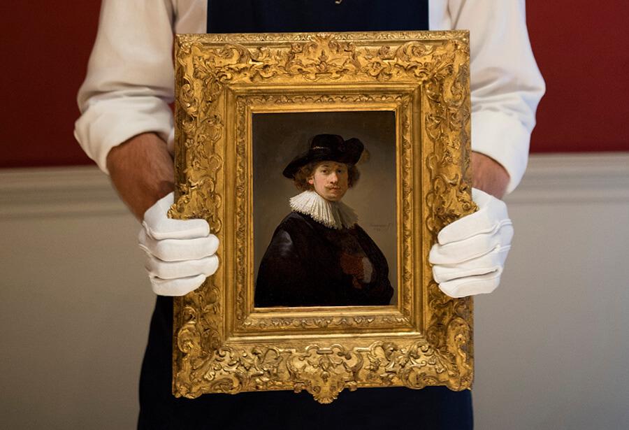 L'autoportrait de Rembrandt de 1632 est estimé à £12-16 millions ($ 15-20 millions) © Antony Jones