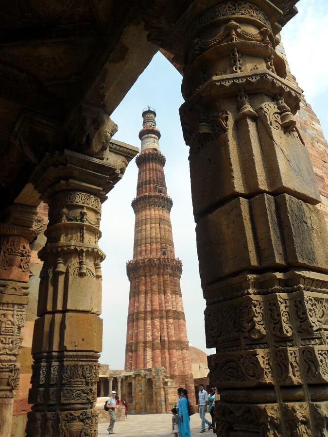 Qutb Minar - Tour de la Victoire- à Delhi le plus grand minaret du monde en briques (c) GAD