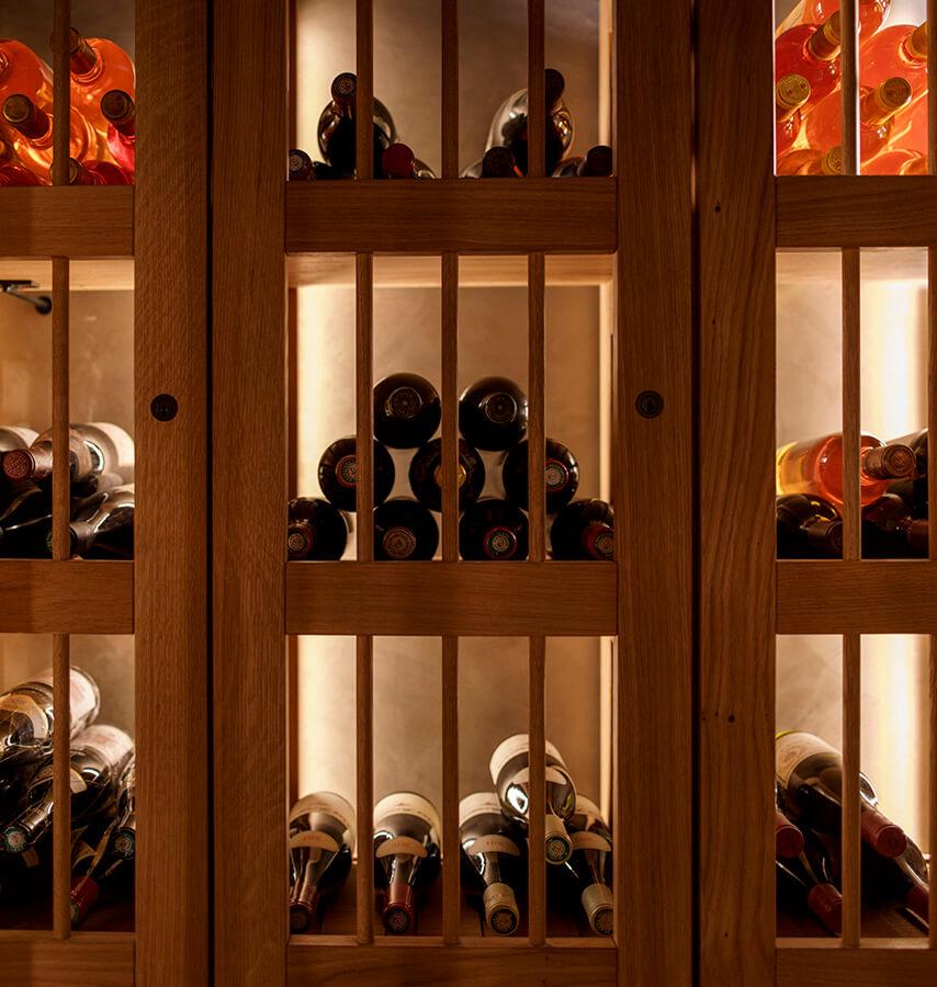 Des vins rares et des crus d'exception en attente de dégustation