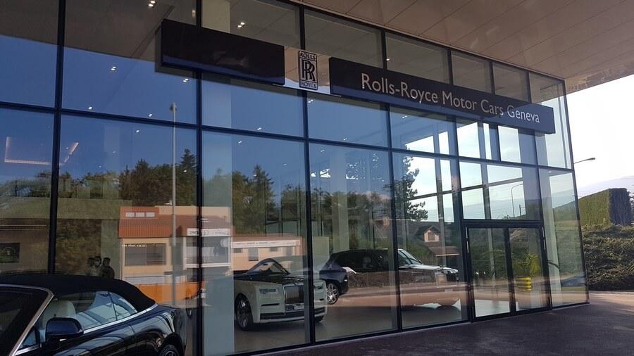 Devanture de Rolls-Royce Motor Cars Geneva à Nyon