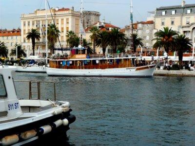 Aperçu du large la ville de Split inscrite au patrimoine mondial de l'Humanité