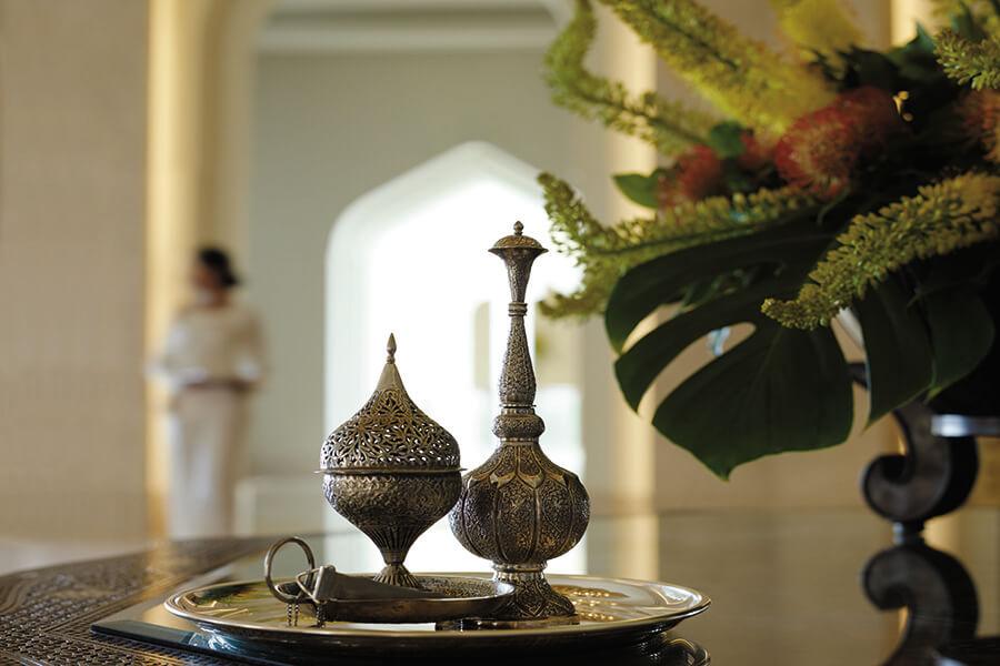 Spécialités omanaises, ces brûle-parfums pour encens à l'élégance toute orientale (c) OT Oman