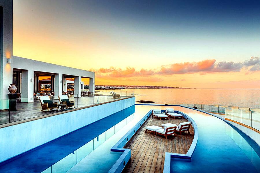 Abaton Hôtel partenaire de Traveller Made une île Resort & Spa en Grèce (c) TM Gallery