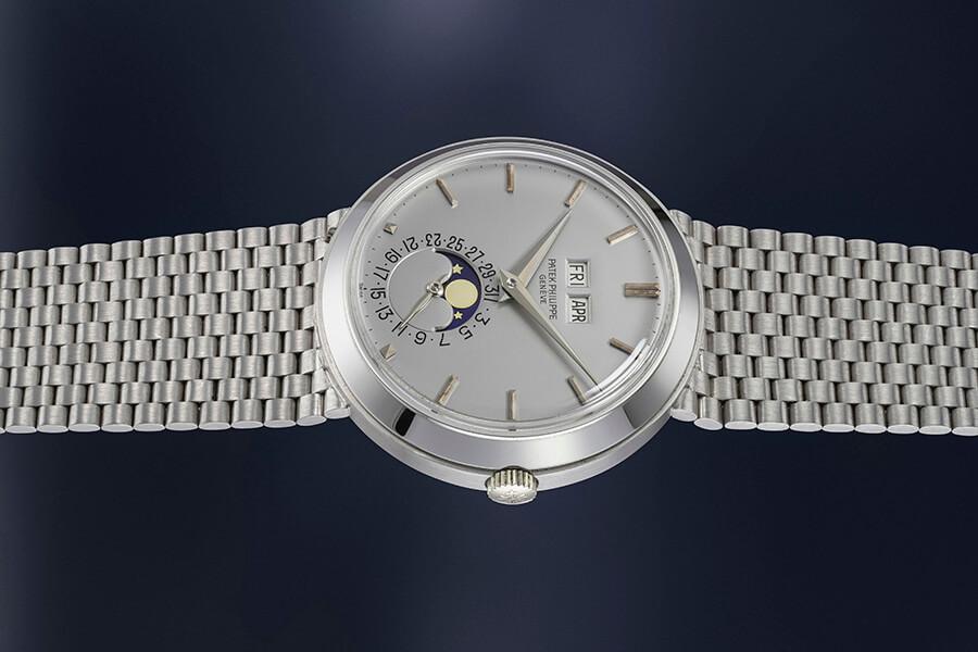 Patek Philippe montre-bracelet en or blanc automatique calendrier perpétuel et phases de lune Lot 129