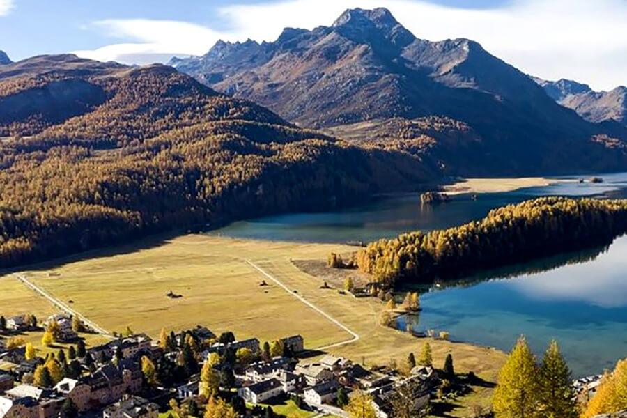 Via Engiadina un itinéraire qui ravira les randonneurs par ses panoramas (c) Engadine Tourisme