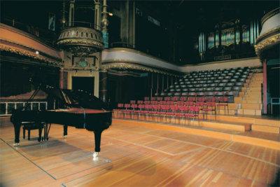 Vue depuis la scène pour un concert de piano. Victorial Hall Département de la Culture (c)Joaquim Gomes