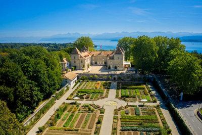 Le Château de Prangins et le jardin (c) Musée National Suisse